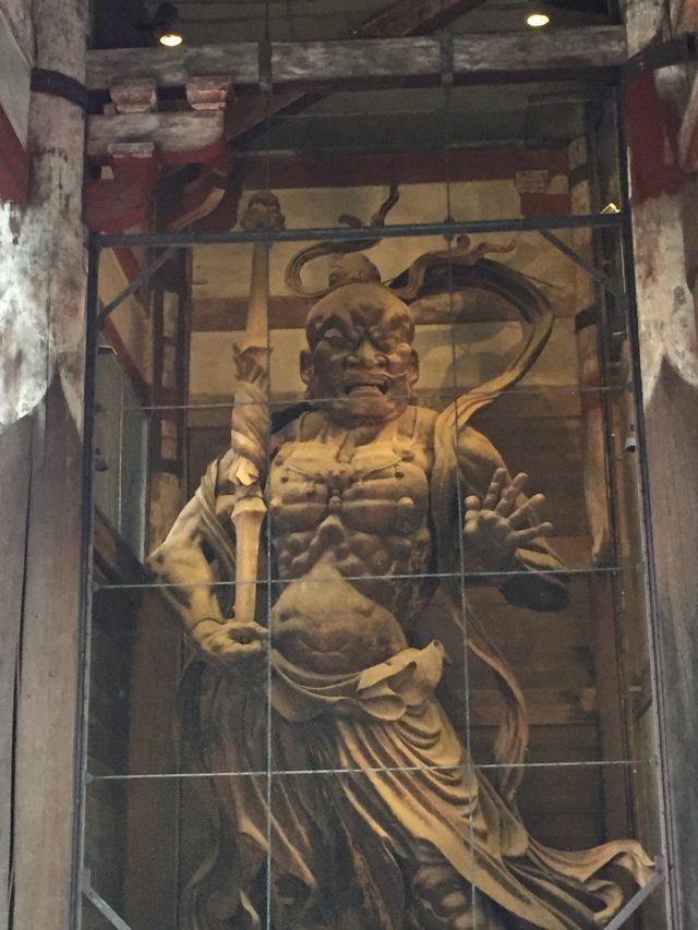 奈良のパワースポット 東大寺 金剛力士像 阿形